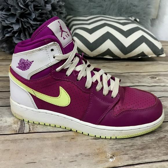 purchase cheap 7a76e 665aa Jordan Other - Nike Air Jordan Retro High Fuchsia Flash Lime 5